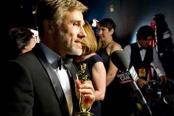 Christoph Waltz med sin Oscar. Foto: A.M.P.A.S.